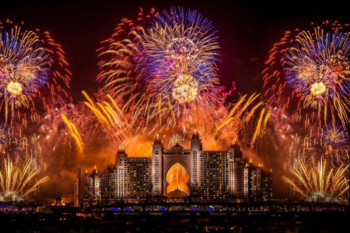 Слетать в ОАЭ на Новый год