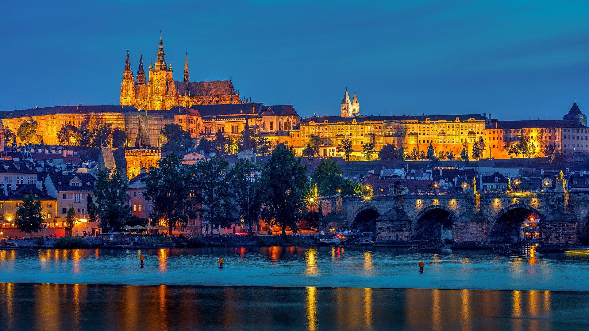 Слетать в Чехию на Новый Год