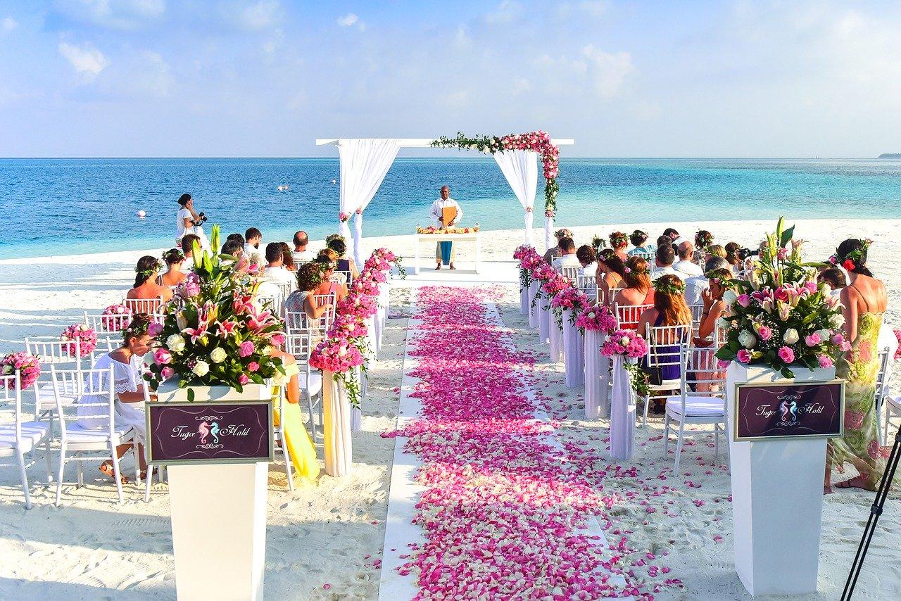 Свадебная церемония на море