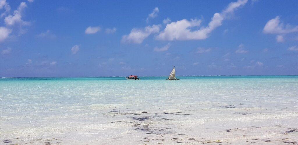 Пляж Джомбиани