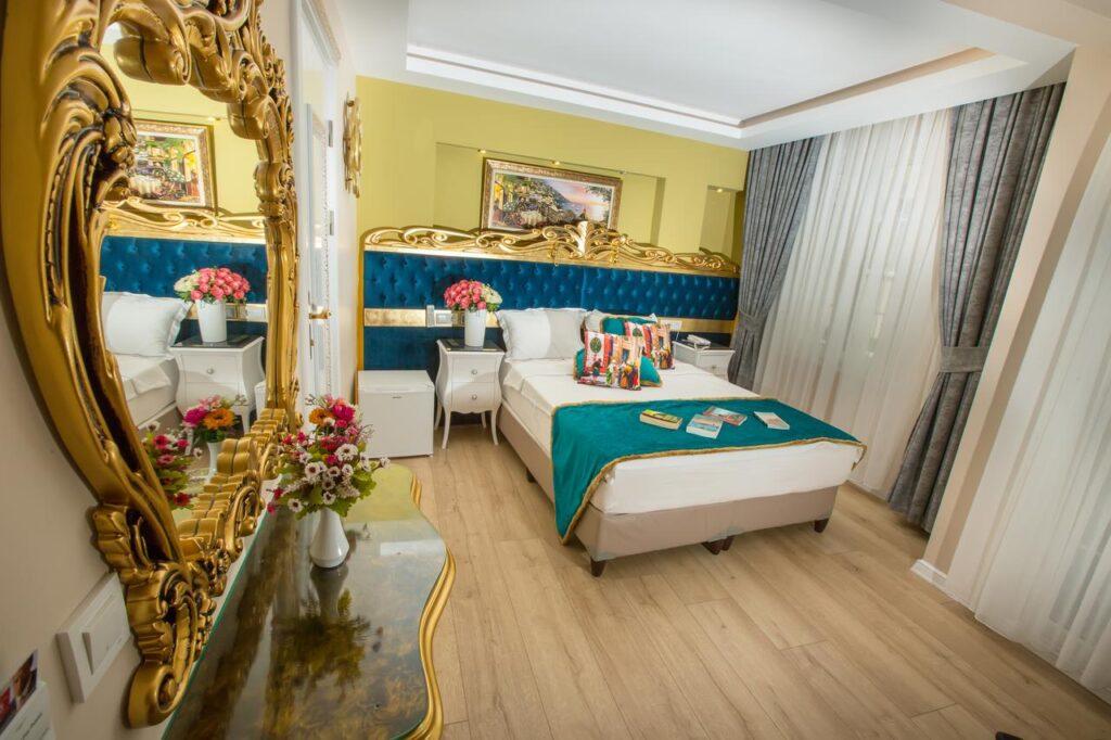 Atlantis Royal Hotel 3*