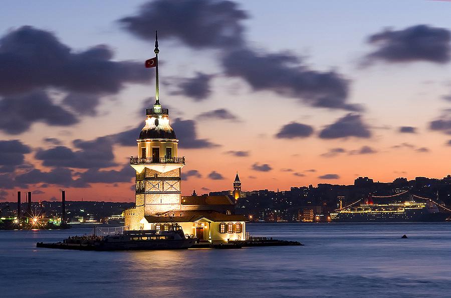 Девичья башня на закате