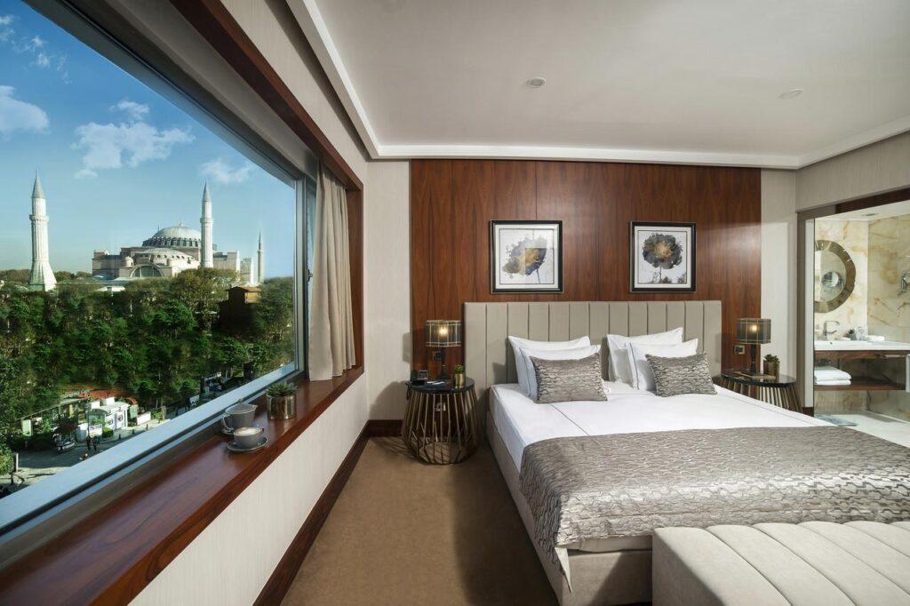 Vogue Hotel Supreme Istanbul 5*