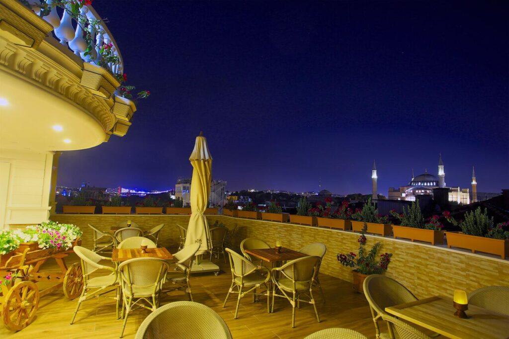White House Hotel Istanbul 4*