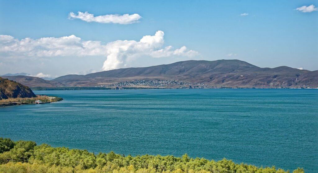 Армения озеро Севан