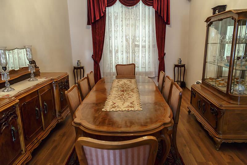 Гостинная в доме-музее Ататюрка
