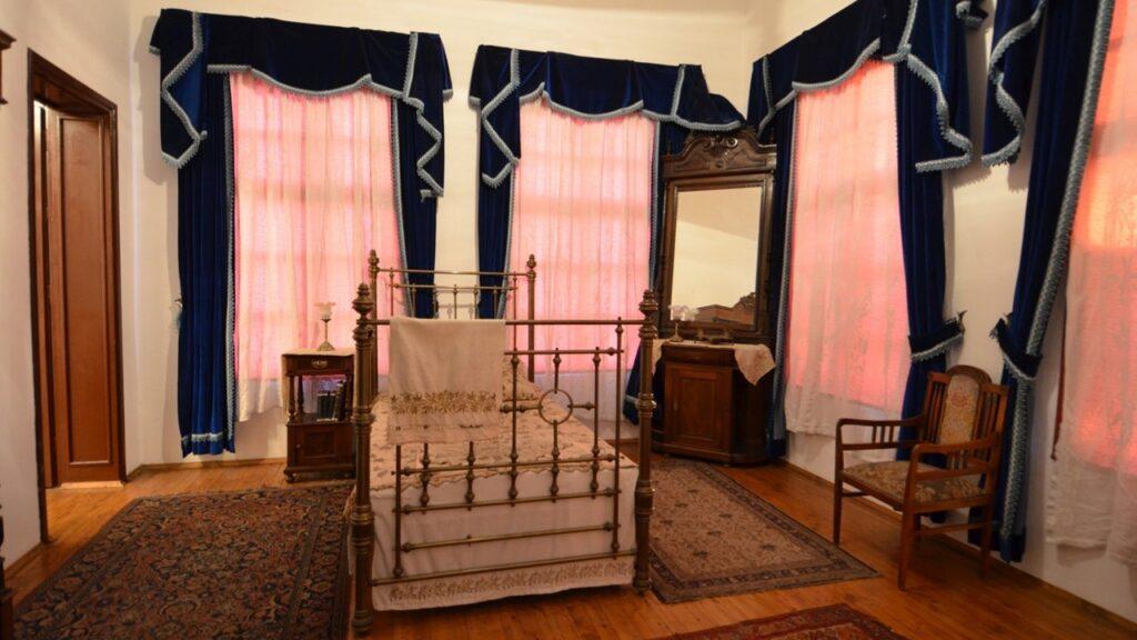 Спалья в доме-музее Ататюрка