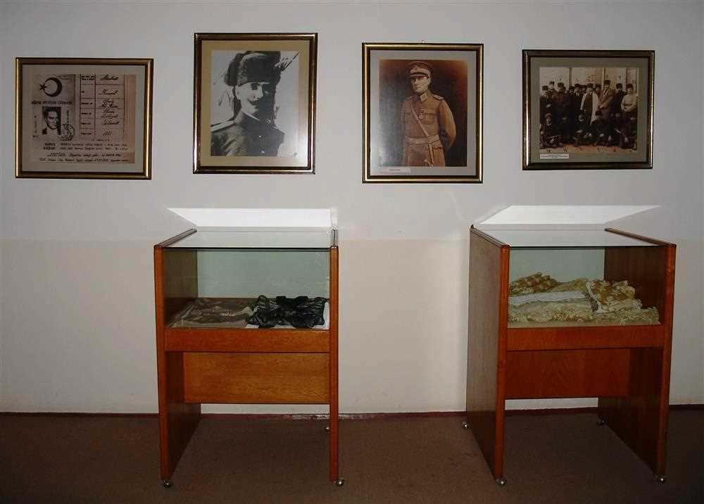 Экспонаты в доме-музее Ататюрка