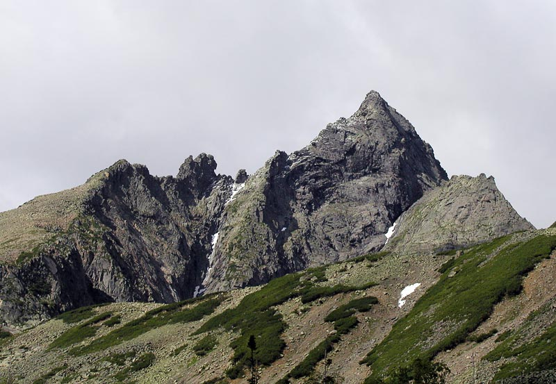 Гора Черского