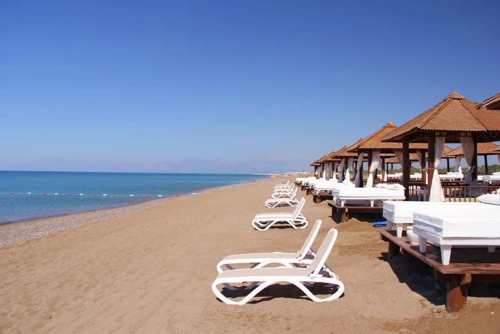 Центральный пляж Белека