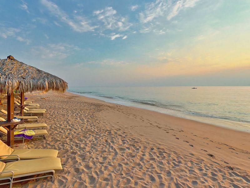 На пляже Рас-эль-Хаймы