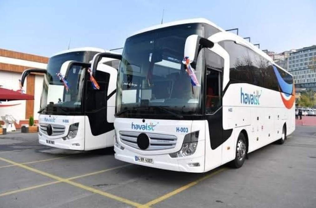 Автобусы Havaist на стоянке в порту Еникапы