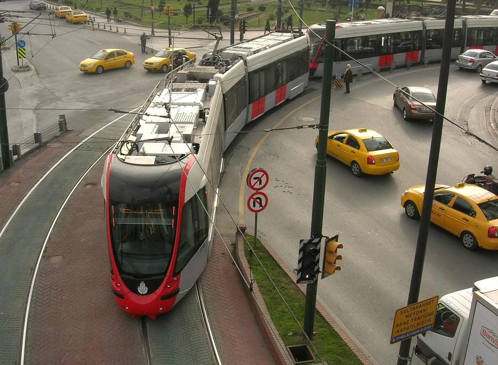 Трамвай T1 в Стамбуле