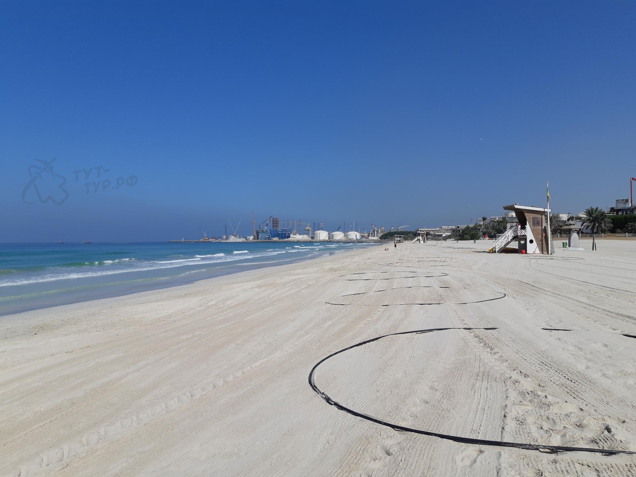 Al Khan 2 Beach