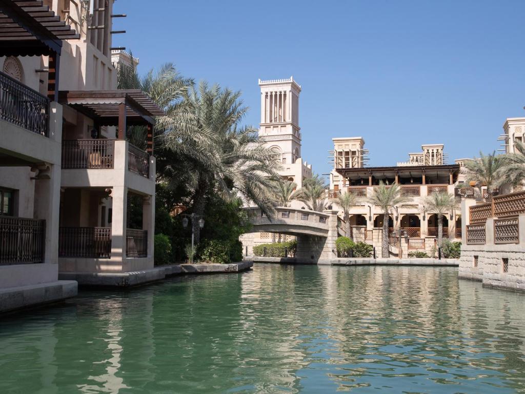 Невероятный образ «из арабского прошлого» Мадинат