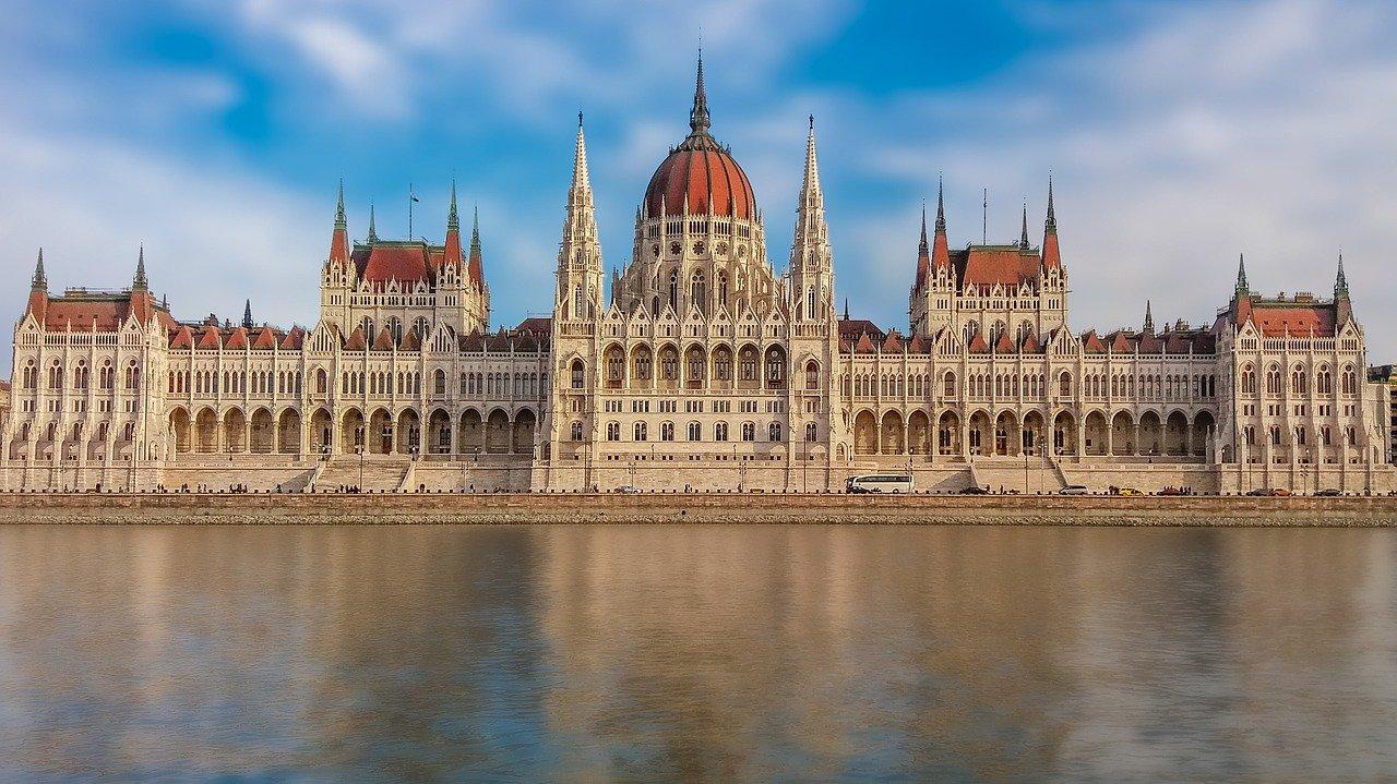 Будапешт. Здание Венгерского парламента