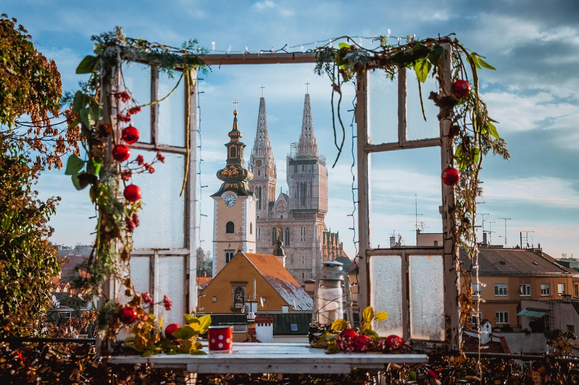 Вид на Кафедральный Собор Загреба