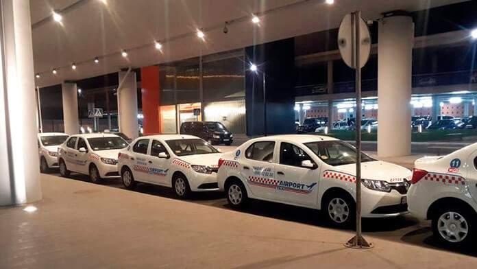 Из аэропорта Еревана в центр города, на такси